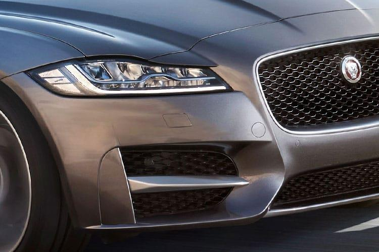 Jaguar XF Sportbrake AWD 2.0 d MHEV 204PS R-Dynamic S 5Dr Auto [Start Stop] detail view